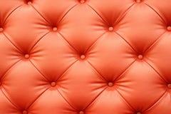 Rotes ledernes Sofa Stockbild