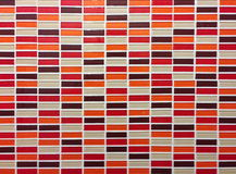 rotes orange und braunes nahtloses Muster der Mosaikfliese - abstrakter Hintergrund für ununterbrochene Verdoppelung Lizenzfreie Stockfotos