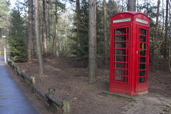 Rotes phonebox Stockbild