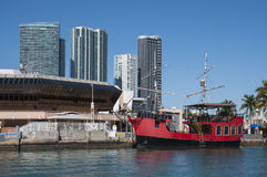 Rotes Piratenschiff in Miami Lizenzfreies Stockbild