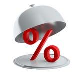 Rotes Prozentzeichen auf der silbernen Servierplatte (lokalisiert) stockfotografie