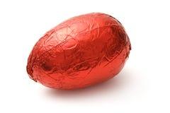 Rotes Schokolade Ei lizenzfreie stockbilder