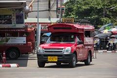 Rotes Taxi Chiang Mai, für Passagier vom Busbahnhof Stockbilder