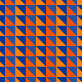 Rotes und blaues abstraktes Muster mit Dreiecken Stockfotos