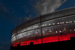 Rotes und weißes Stadion Lizenzfreies Stockfoto