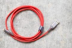 Rotes USB-Kabel Stockfoto