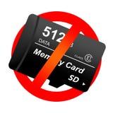 Rotes Verbotszeichen mit Sd-Gedächtnismultimedia-Mikrokarte Verbieten Sie die Übertragungseinrichtung der digitalen Daten des Geb stock abbildung