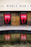 Rotes Zeichen - nationales Museum des Ersten Weltkrieges in Kansas City stockbild