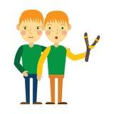 Rothaarigezwillinge mit Sommersprossen Lizenzfreie Stockbilder
