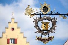 ROTHENBURG, GERMANY/EUROPE - 26 ΣΕΠΤΕΜΒΡΊΟΥ: Marien-Apotheke κρεμά Στοκ φωτογραφία με δικαίωμα ελεύθερης χρήσης