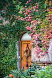 ROTHENBURG, GERMANY/EUROPE - SEPTEMBER 26 : Restaurant door in t. He Castle gardens in Rothenburg Germany on September 26, 2014 royalty free stock photos