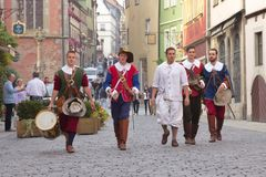 ROTHENBURG OB DER TAUBER, DUITSLAND - September 5: Uitvoerders van t royalty-vrije stock foto