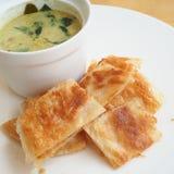 Roti con curry verde Fotografia Stock