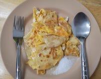 Roti thaïlandais avec du lait condensé adouci dessert de weet image libre de droits