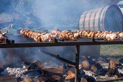 Rotisseriehuhn für Verkauf am Erntefest in Vernon New Jersey Lizenzfreies Stockbild