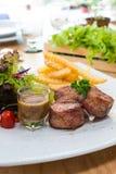 Rotoli arrostiti del bacon del filetto di carne di maiale Fotografie Stock Libere da Diritti