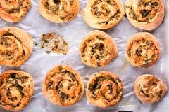 Rotoli del panino del formaggio immagini stock