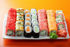 Rotoli di sushi differenti Fotografia Stock