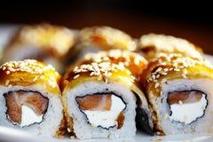 Rotoli di sushi giapponesi di cucina Fotografie Stock Libere da Diritti