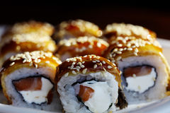 Rotoli di sushi giapponesi di cucina Immagini Stock