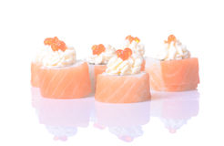Rotoli di sushi giapponesi freschi tradizionali Immagini Stock Libere da Diritti
