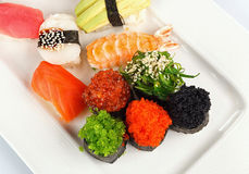 Rotoli di sushi messi Fotografie Stock