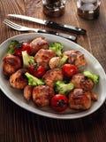 Rotoli fritti del tacchino con i broccoli Fotografie Stock Libere da Diritti