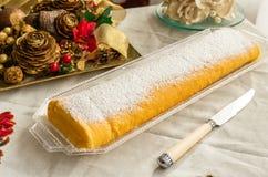 Rotolo del dessert zingaresco crema del braccio fotografie stock