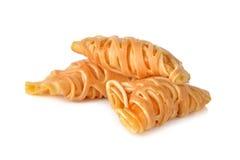 Rotolo del pancake con la crema della vaniglia su bianco Fotografia Stock Libera da Diritti