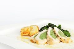 Rotolo del pollo con spinaci Immagine Stock
