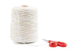 Rotolo della corda bianca isolato Immagini Stock Libere da Diritti