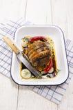 Rotolo della pancia di carne di maiale con il materiale da otturazione del riso e della carne tritata Fotografie Stock
