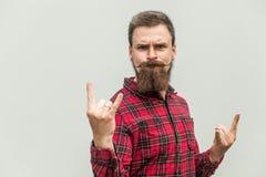 Rotolo della roccia N Uomo d'affari divertente con la barba ed i baffi fotografie stock