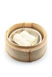 Rotolo di molla vegetariano cotto a vapore Fotografia Stock