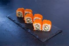 Rotolo di sushi con Alimento giapponese 15 Fotografie Stock