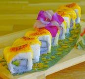 Rotolo di sushi del mango Fotografia Stock Libera da Diritti