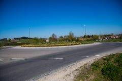 Rotonda a Dachau, isola centrale piantata, isola pedonale immagini stock libere da diritti