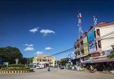 Rotonda del damnak di Wat nella città centrale Cambogia di Siem Reap fotografia stock libera da diritti