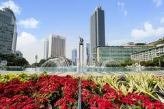 Rotonda dell'Indonesia dell'hotel con la fontana fotografia stock