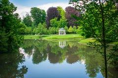 Rotonda nel parco, Strasburgo, Francia fotografia stock