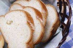 Rotondo di pane bianco fotografie stock
