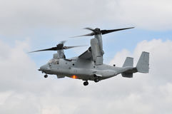 Rotor de la inclinación del Osprey de los infantes de marina de los E.E.U.U. Imagen de archivo libre de regalías