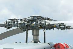 Rotorhuvud av den militära helikoptern Royaltyfria Foton