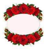Rotrose blüht, knospt und verlässt in den Blumengestecken mit Ca Lizenzfreie Stockfotografie