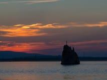 Rots dichtbij Moldavië bij de ingang van de rivier Donau op het Roemeense grondgebied Royalty-vrije Stock Foto