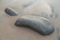 Rots in het zand Royalty-vrije Stock Fotografie