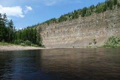 Rots op de rivier Stock Afbeelding