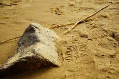 Rots op het strand Royalty-vrije Stock Afbeeldingen