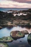 Rotsachtig strand in Arild Royalty-vrije Stock Fotografie