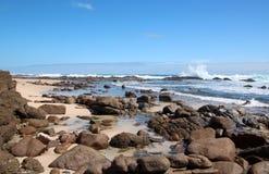 Rotsachtig Strand in Mozes Rock zuidwestelijk Australië Royalty-vrije Stock Foto